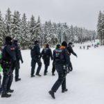 """Skigebiete platzen aus allen Nähten –Polizei: """"Das ist eine Invasion"""""""